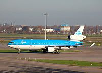 ams/low/PH-KCG - MD11 KLM - AMS 27-11-06 a.jpg