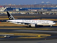 hnd/low/N794UA - B777-22ER United (Star Alliance) - HND 28-02-2017b.jpg